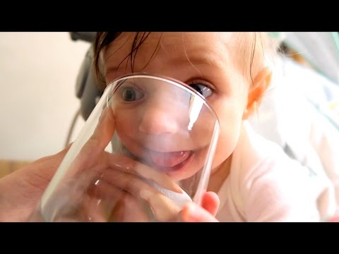 BABY CHELL'S FIRST WATER - Cute Reaction!