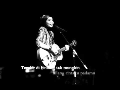 Yuna - Terukir di bintang mp3 (lirik).wmv