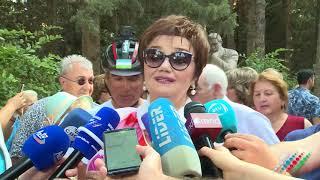 Посол России в Азербайджане вместе с Тамарой Синявской почтили память Муслима Магомаева в Баку