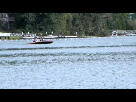Drag boat Sizzlin Hot final round Dexter drags