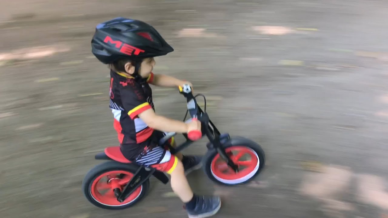 a1ce743915c Little kid have fun in the park with Balance Bike - YouTube