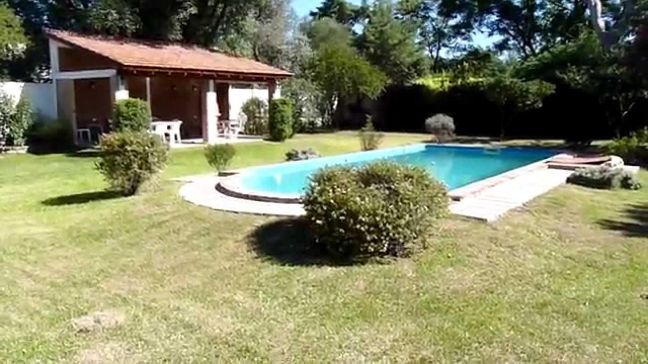 Villa belgrano imponente parque con piscina for Piscinas intex modelos y precios