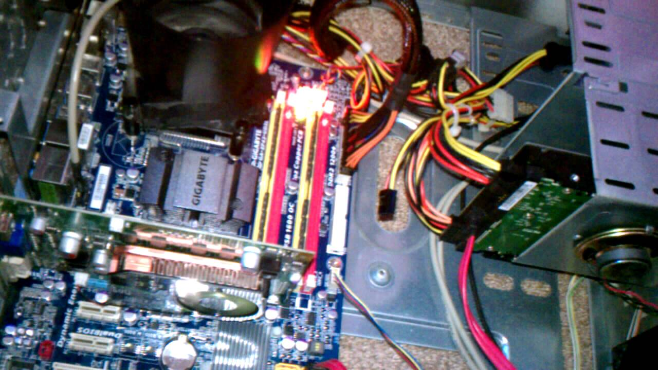 gigabyte ga ep43 ud3l mother board in loop please help youtube rh youtube com