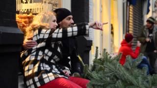 Leonie Meijer - Het Is Kerstmis (Rijk Alleen) Officiële Videoclip
