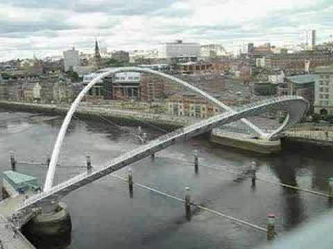 Newcastle Gateshead Millenium Bridge Opening