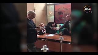 الأخبار -المصريون في لبنان يتوافدون بكثافة على السفارة للإدلاء بأصواتهم في الانتخابات