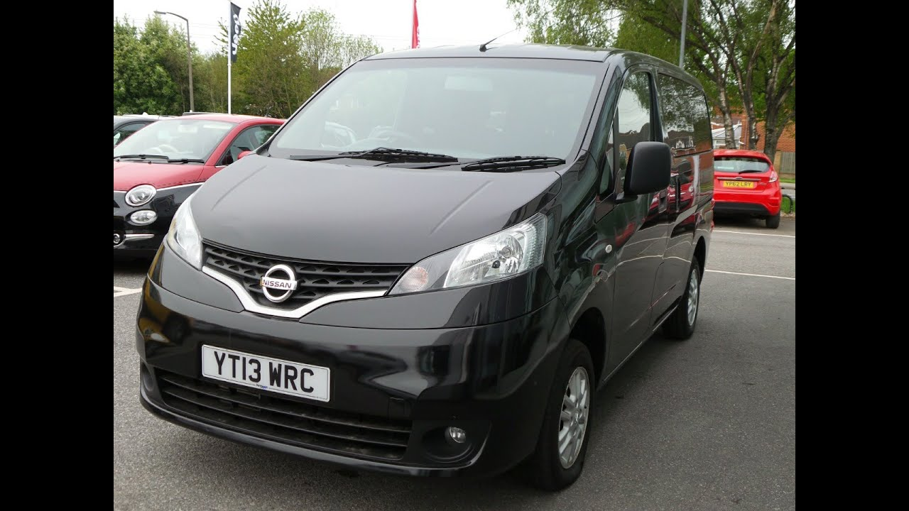 2013 13 nissan nv200 combi 1 5 dci 110 se 6dr 7 seats in black youtube. Black Bedroom Furniture Sets. Home Design Ideas