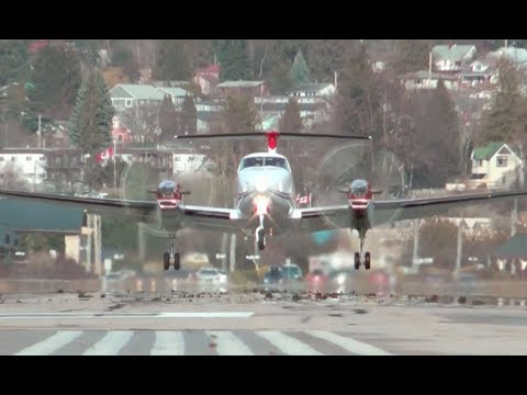 Beechcraft Super King Air 350 Engine Startup and Takeoff