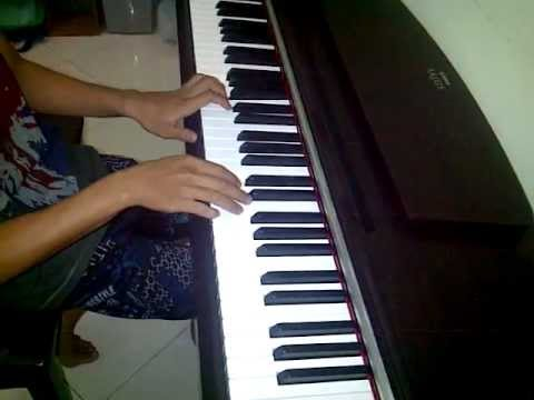 cover piano melly goeslaw bunda by rizky.3GP