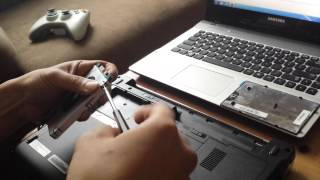 How to change the laptop hard drive