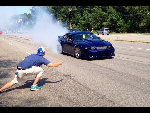 Mustang Week 2017 Huge Street Burnouts Myrtle Beach Mall