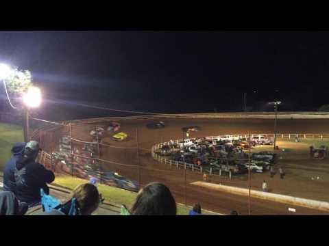 Donovan Tazewell Speedway 10/1/16 pt2