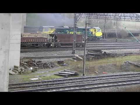 70020,sb Trafford Park Southampton liner out of Crewe Bas Hall sidings 10,4,18