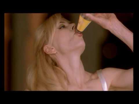 Schweppes  Italia - nuova pubblicità con Nicole Kidman