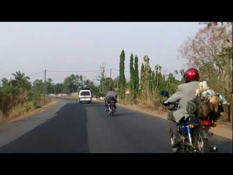 De Lomé à Kpalimé - Camions danger ....