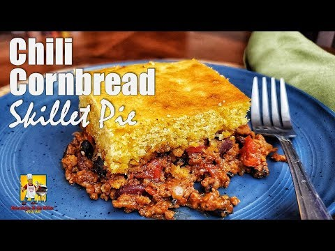 Chili and Cornbread | Chili Cornbread Skillet Pie