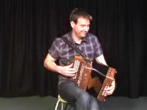 Tim Edey playing his brand new Saltarelle Melodeon from The Music Room part 1