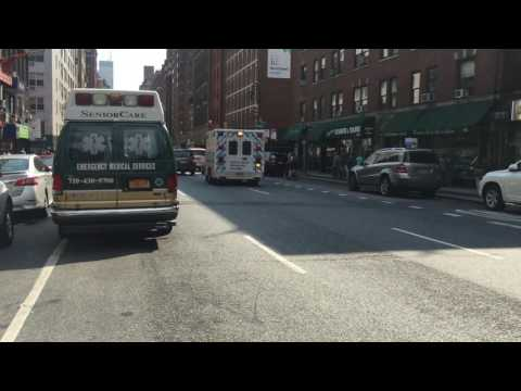 NORTH SHORE UNIVERSITY HOSPITAL NORTHWELL HEALTH EMS AMBULANCE RESPONDING ON LEXINGTON AVENUE.