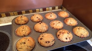 How To Bake Banana Chocolate Chip Pecan Muffins - Diy Food & Drinks Tutorial - Guidecentral