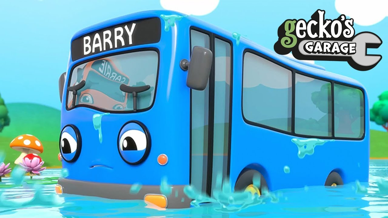 Baby Bus Lake Accident|Gecko's Garage|Funny Cartoon For Kids|Learning Videos For Toddlers