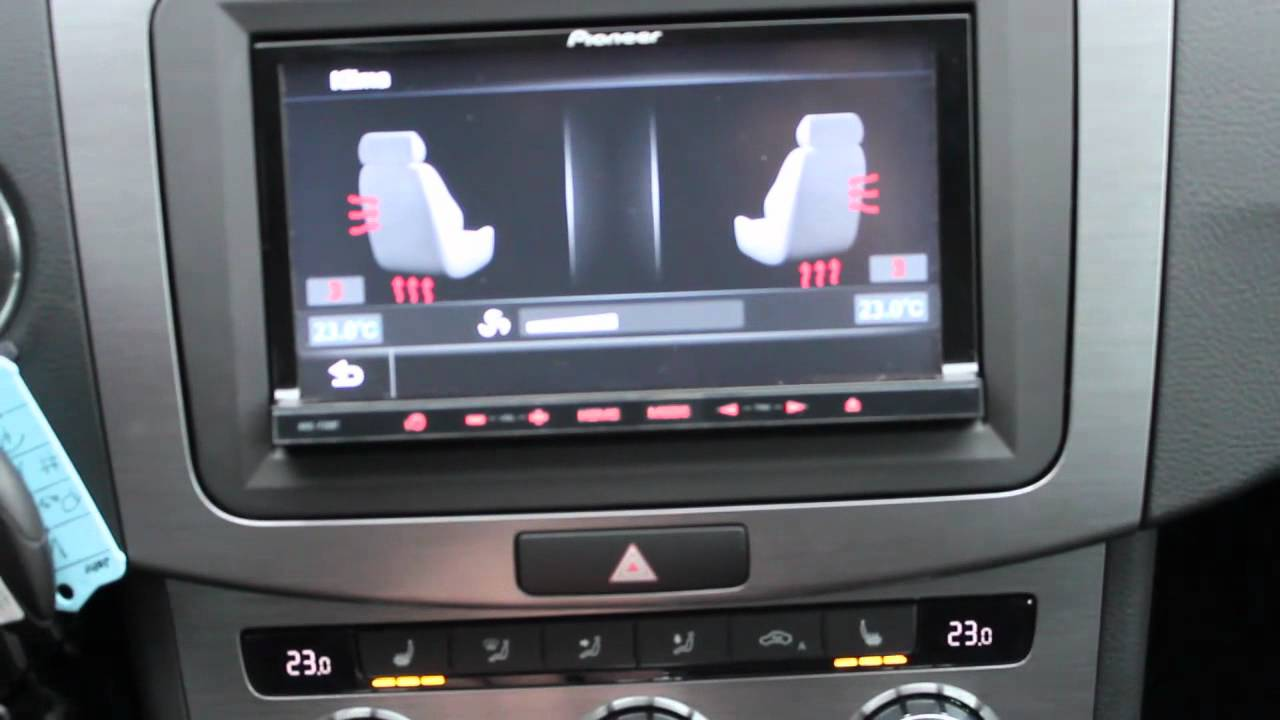 VW Passat Pioneer Avic F30BT incl. Canbus Anbindung - YouTube