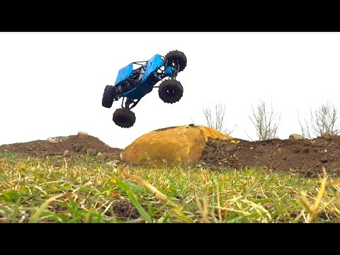 RC ADVENTURES - Brushless Axial Bomber on my U4 RC Truck Course