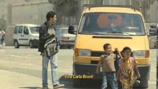 UMA GARRAFA NO MAR DE GAZA TRAILER - ESFERA legendas em português