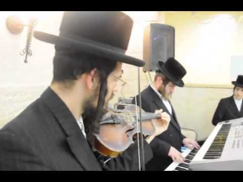 Triple Siyum Celebrated In Chernobil Yeshiva Ashdod - Shevat 5773