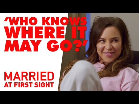Coco and Cameron have a chat about their marriages | Married at First Sight 2021