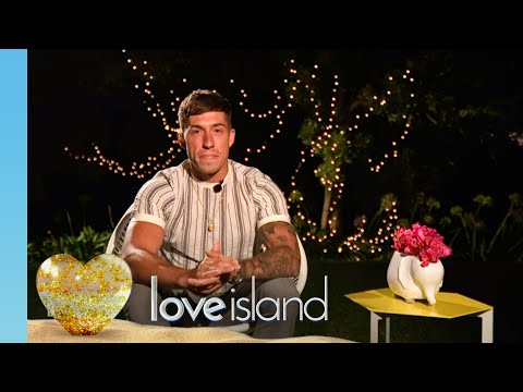 Connor chats with Laura fresh out of the villa! | Love Island Series 6