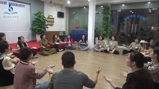 Âm nhạc giờ vòng tròn cho trẻ mầm non - Everybody listen  (Hoạt động vòng tròn Montessori)