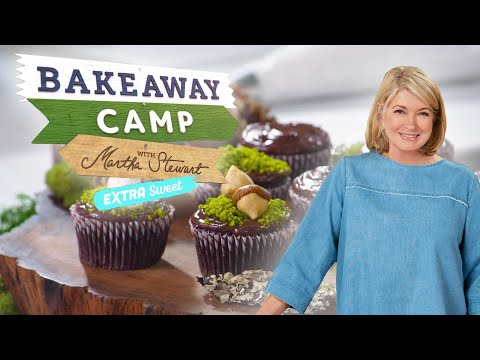 martha-stewart-makes-nature-themed-desserts-|-bakeaway-camp:-extra-sweet