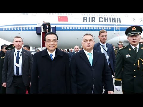 Premier Li arrives in Hungary for CEEC meeting and official visit