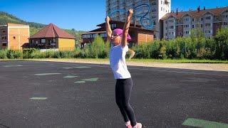 VLOG/ Первая тренировка Велиславы и девочек по гимнастике на стадионе (трейлер)