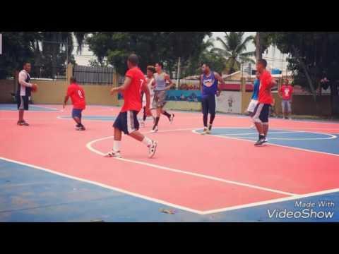 Practica basketball game in Dominican Republic