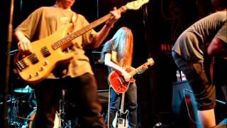 Dead Kiwis & Thomas Viti - From Mars With Love (Tusk cover) @ Ninkasi Kafe