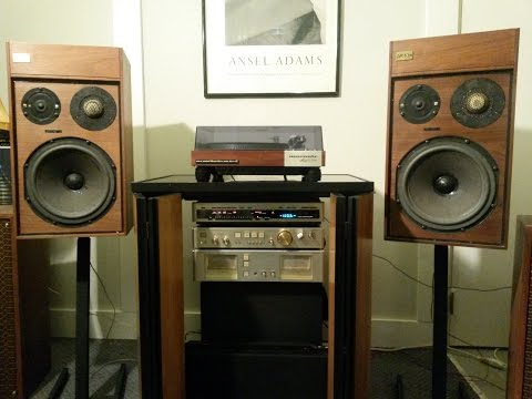 Luxman M02, C02 and T02 with Marantz 6300 and AR10pi Speakers