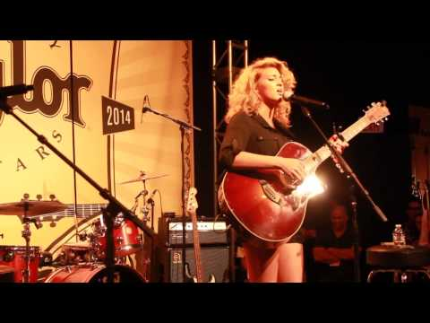 Tori Kelly - NAMM 2014 - Taylor Guitars - All In My Head/ Say My Name/ Cry Me A River Mash Up