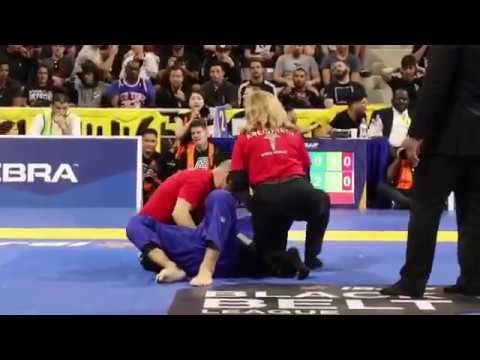IBJJF World Championship 2018 - Leandro Lo se disloca el hombro