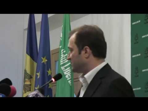 Vlad Filat: Abia aştept confruntarea cu Lupu!