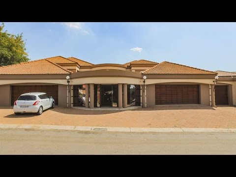 3 Bedroom House for sale in Gauteng | Johannesburg | Johannesburg South | Glenvista | 7 |