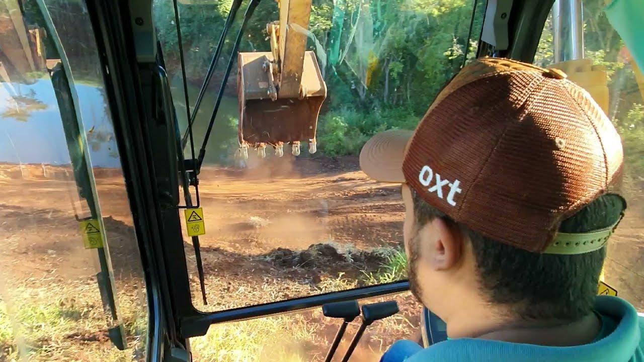 Fazendo represa! visão de um operador de Escavadeira hidráulica