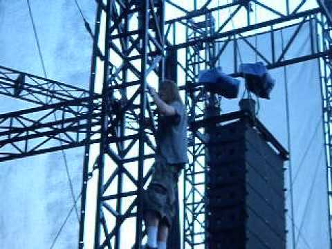 Puddle of Mudd   T N T ACDC Cover   Live Beale Street Music Fest 2010