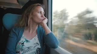 Brigitte fährt Zug – Stehenbleiben als Aufbruch