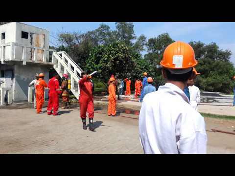 Diklat fire fighting stip( BST hendri kurniawan b