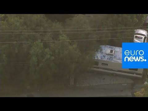 شاهد: مطاردة هوليوودية في لوس أنجليس أبطالها الشرطة وامرأة وكلبان…