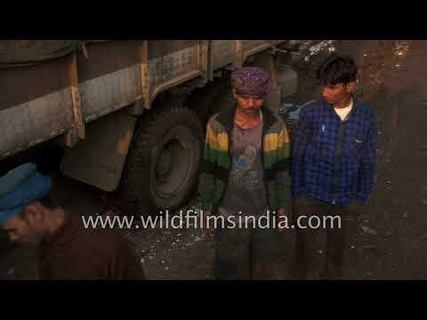 Fish traders daily basis - Fish markets at Hajipur Bihar