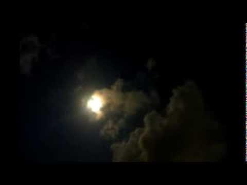 サムイ島の月と雲