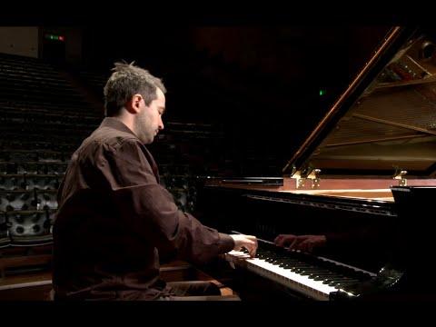 In Performance: Peter Jablonski plays Chopin, Mazurka, Op. 17 No. 4