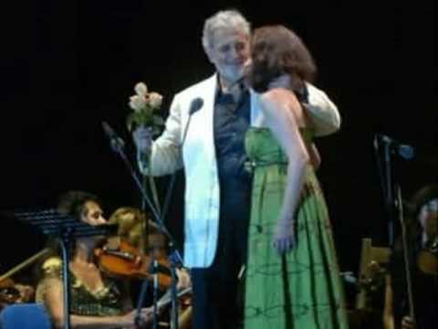 Placido Domingo- Amanecí en tus brazos